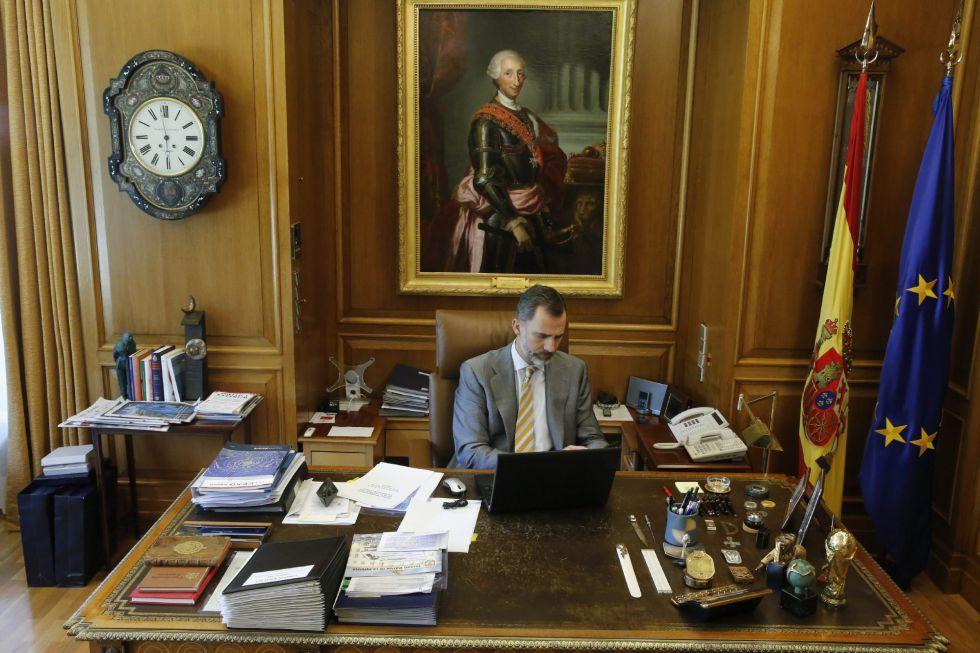 Foto distribuida por la Casa Real con motivo del primer aniversario del reinado de Felipe VI